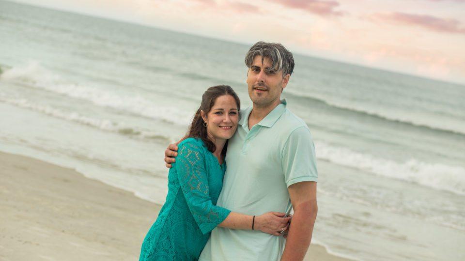 couple beach photo, daytona photographer, orlando beach photographer, vero beach photographer, photography in new smyrna, family photos in daytona beach