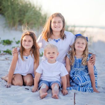 ponce inlet photographer, beach photo, cousin portraits, blue outfits for family portraits, photographer in daytona beach, ormond beach photographer
