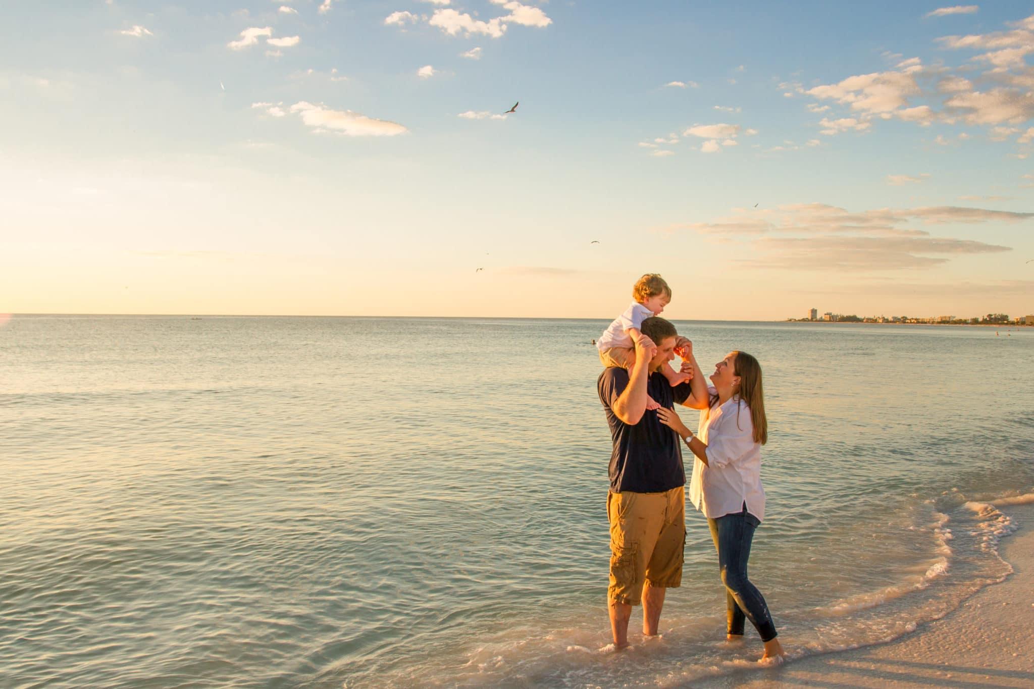 Family beach photography in siesta key fl