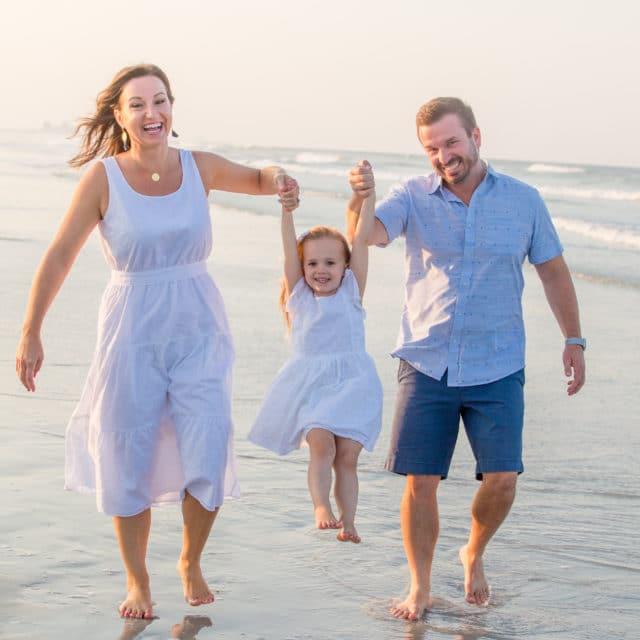 siesta key photographer family portrait on the beach